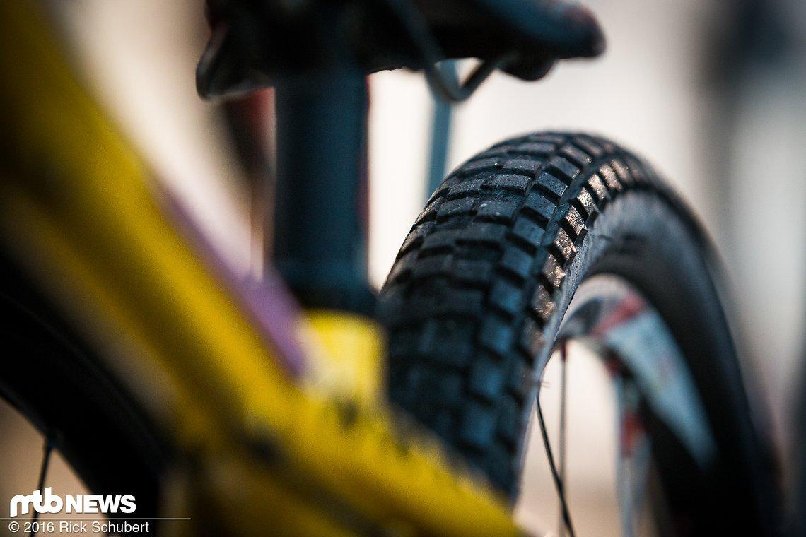 Auch in diesem Jahr werden die Reifen für optimalen Grip so gut wie möglich prepariert