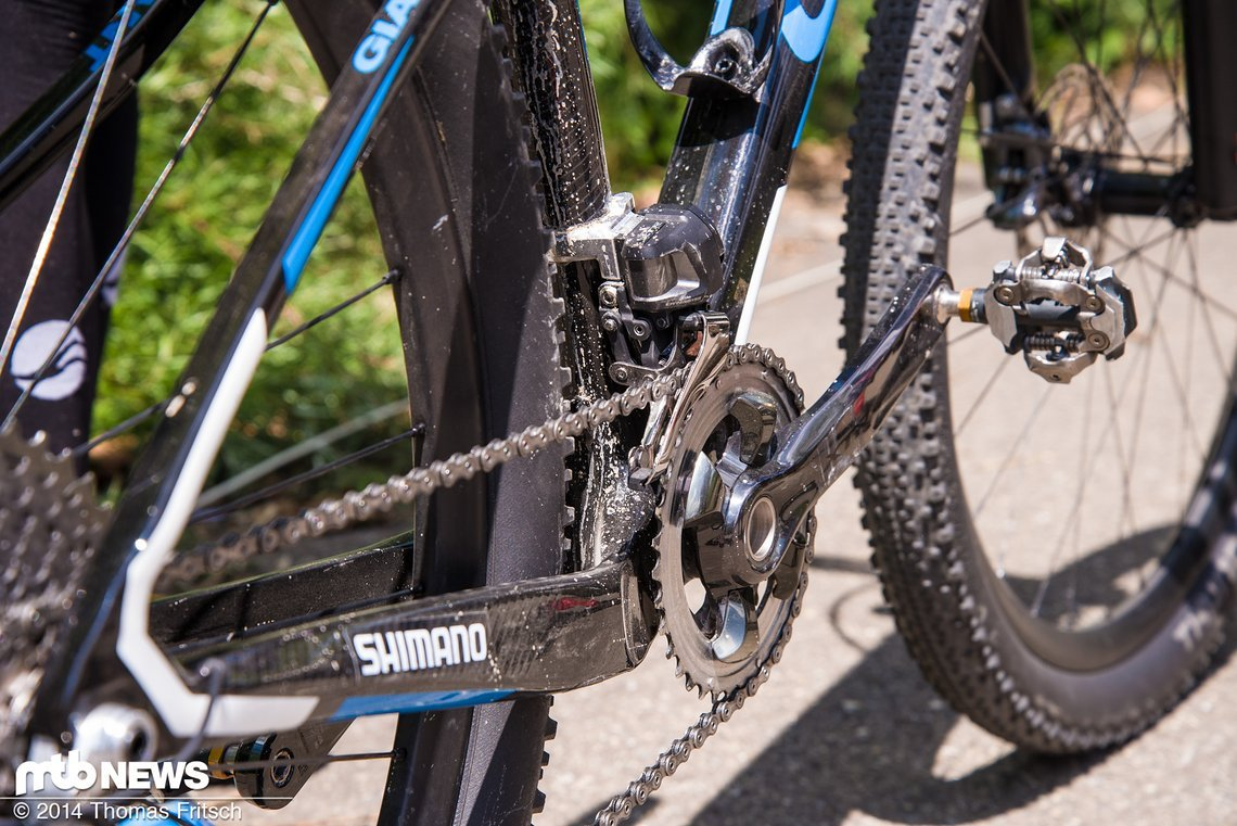 Zusammen mit Julien Absalon und Daniel McConnell war Fabian Giger der Erste, der die neue Edelschaltung an sein Rad schrauben durfte