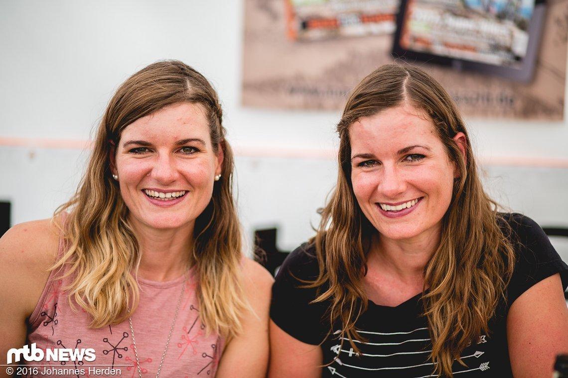 Unsere ziemlich schnellen Blogger-Twins: Anita und Caro Gehrig