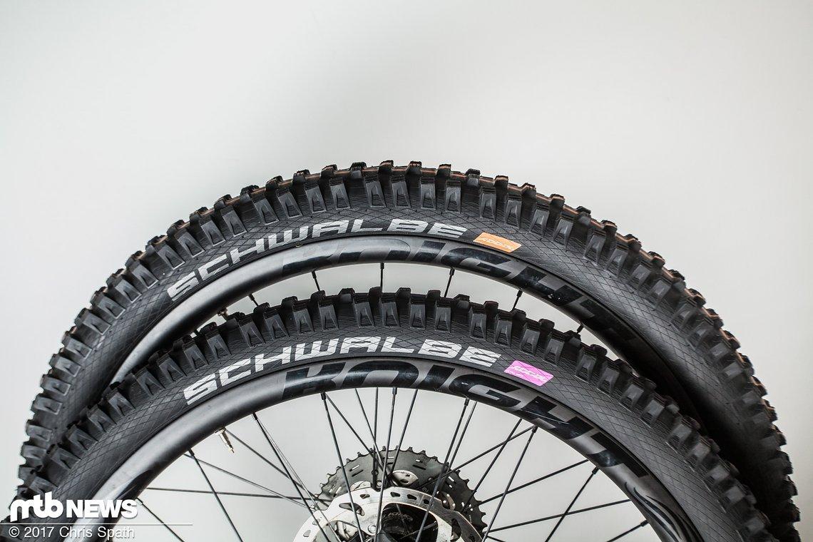 Für unseren Test wurden die Schwalbe Magic Mary-Reifen mit den neuen Addix-Compounds auf einer Felge mit einer Innenbreite von 30 mm montiert