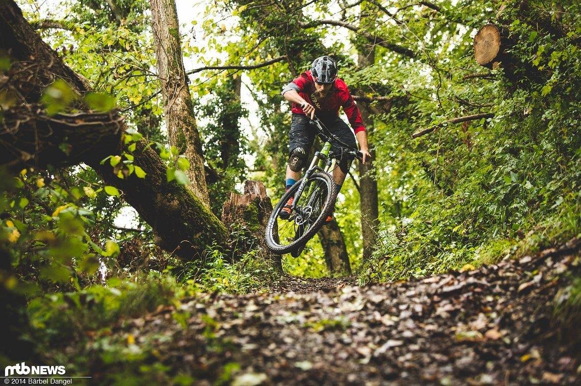 29er Laufräder schließen Spielereien auf dem Trail nicht aus