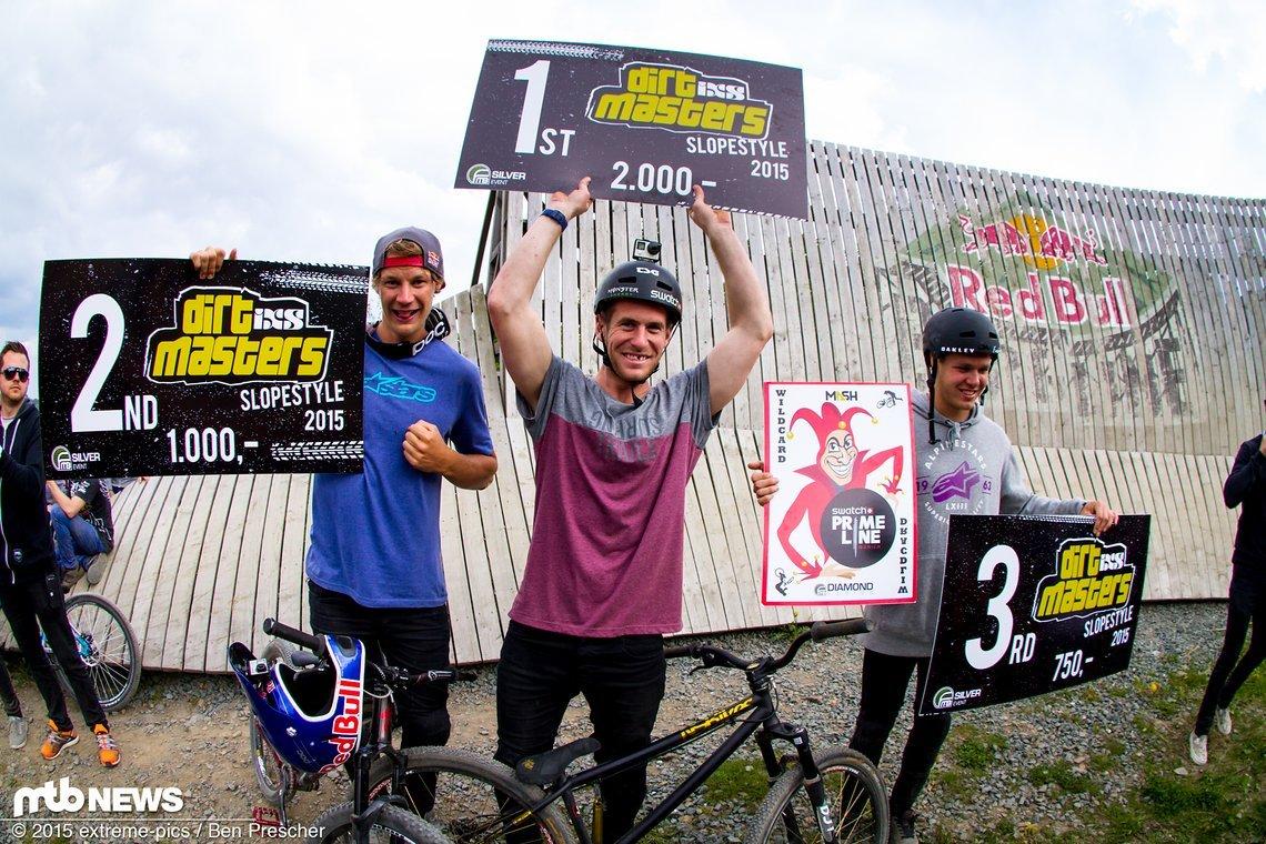 Sam Pilgrim gewinnt in Winterberg nicht nur den Whipoff-Contest, sondern sichert sich auch noch den ersten Platz beim Slopestyle!