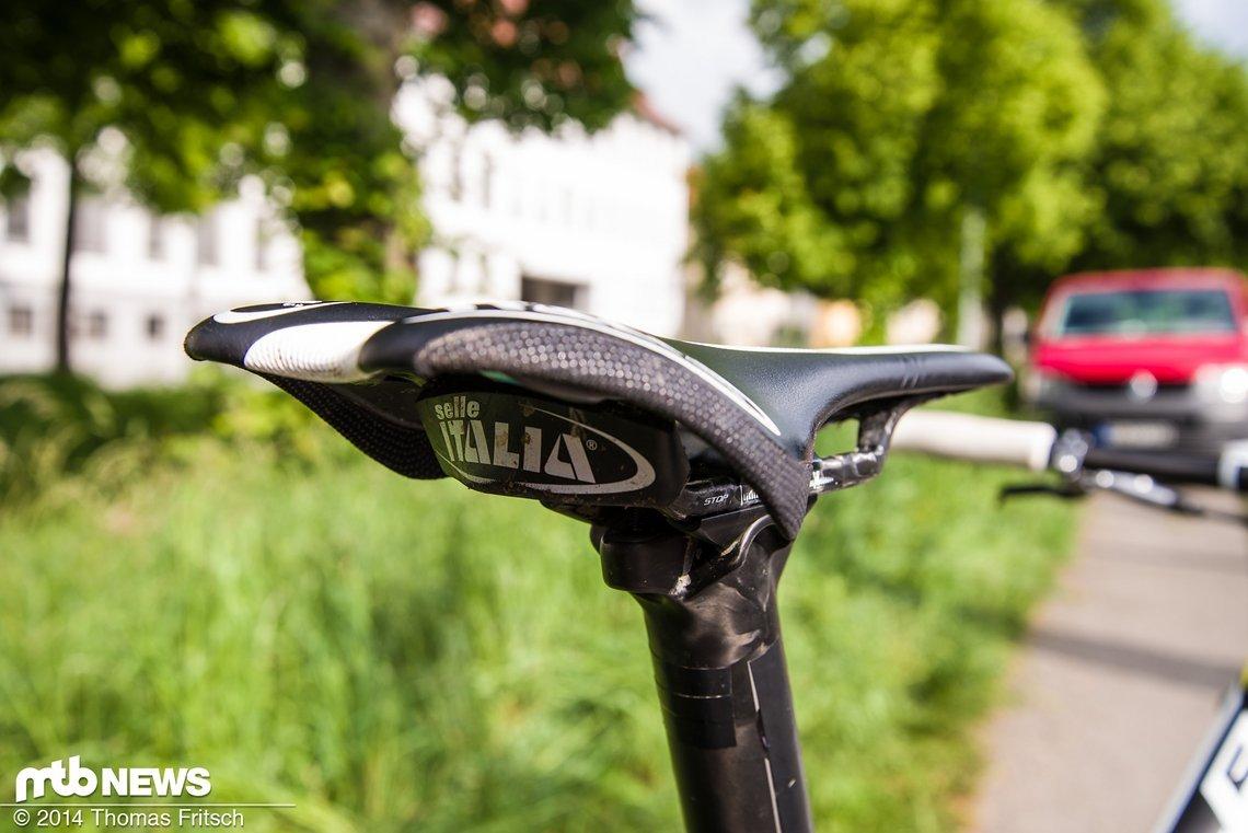 Fast komplett gesponsort von Paul Lange findet sich logischerweise ein Selle Italia Sattel an seinem Rad.