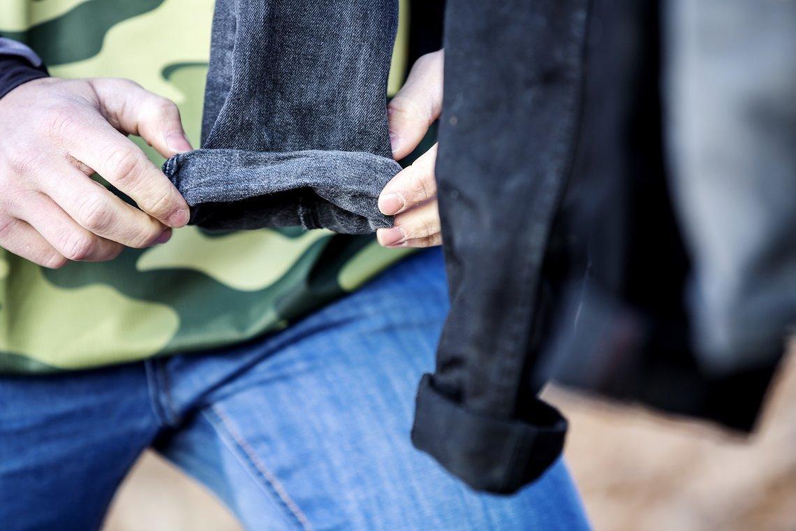 test die besten enduro jeans unter 20 euro mtb. Black Bedroom Furniture Sets. Home Design Ideas
