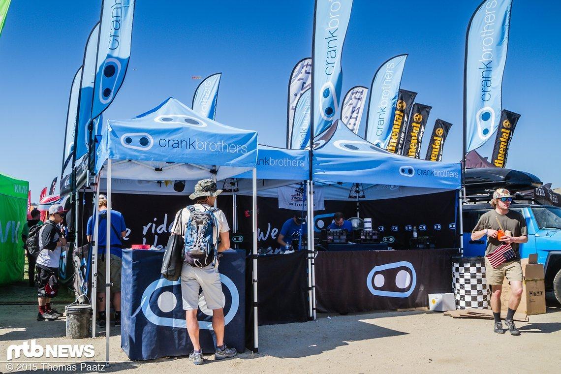 Crank Brothers - das Servicezelt auf dem Sea Otter Festival