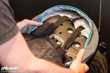 der Rucksack wurde speziell für E-Biker entwickelt - mit mittig platziertem Fach für einen Ersatz-Akku und Sas-Tec Protektor
