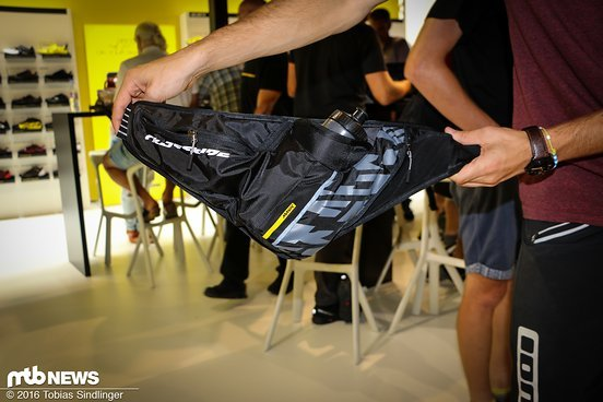Praktisch ist die Umschnalltasche für all diejenigen, die keinen Rucksack tragen wollen