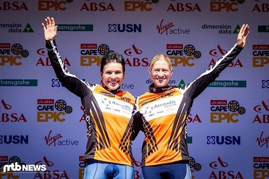Morgen in Orange Sabine Spitz und Robyn De Groot