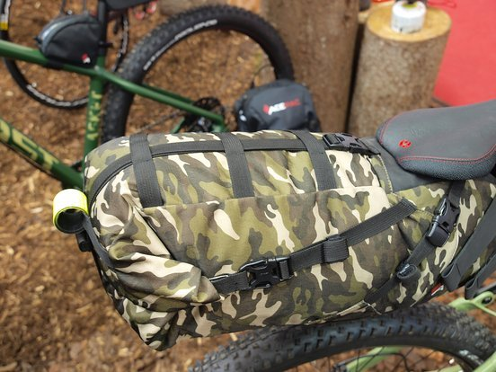 Die Saddle Bag