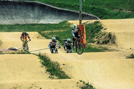 Drei lokale BMX-Fahrer machen den Sieg unter sich aus