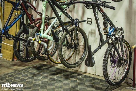 """Ein Bike von """"Zee Germans"""" ist auch mit unter den Mitarbeiter-Bikes"""