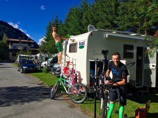 Der höchstgelegene Campingplatz Österreichs am Reschenplatz.