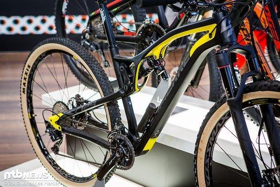 100 mm Federweg bietet das Rad vorne und hinten