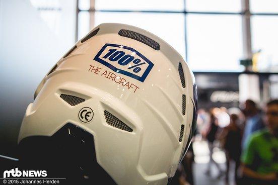 Satte 25 Belüftungsöffnungen sorgen für ordentlich Durchzug für einen DH-Helm