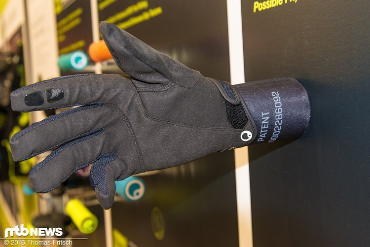 Soll wie die Faust aufs Auge passen: der neue Ergon Handschuh