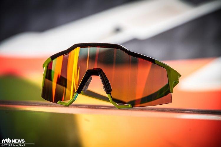 Unser erster Eindruck: Wer auffallen will, sollte sich diese Brille zum Preis von 179 € genauer anschauen