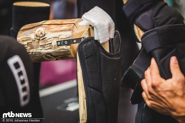 Der Schienbeinschoner lässt sich vom Knieschoner trennen